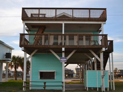 Beautiful Beachfront Sandy Shores is ready for you and your families get away!