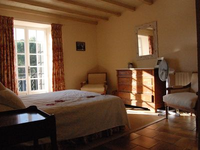 Sanilhac-Sagriès farmhouse rental - Double room with en suite