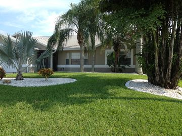 Lush green lawns and palm trees will leave no doubt....you are in Florida!