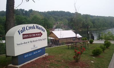 Fall Creek Marina. Boat Rental