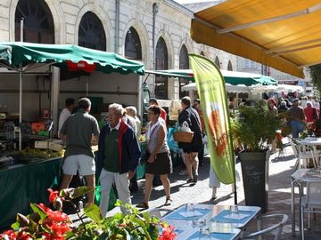 Market day in St Jean d'Angely