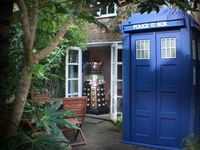 Unusual Cottage In Romney Marsh - With Own Tardis And Dalek!