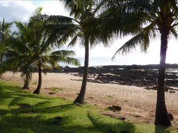 Haleiwa cottage rental - Steps from Shark's Cove snorkeling destination