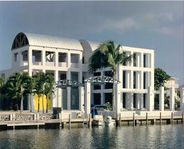 Luxurious 3 Story Modern Home in Venetian Shores