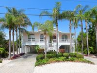 Key West Style Family Friendly Home With Sunsets To Die For!!