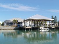 Newly Remodeled And Furnished Couples Retreat.  Boater And Beachcombers Dream.