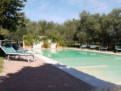 private villa with pool within walking distance from the village of Castelmuzio in Val d'Orcia