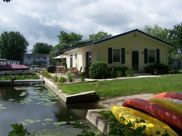 North Webster house rental - Large patio, patio furniture, grill, private pier and small boat ramp