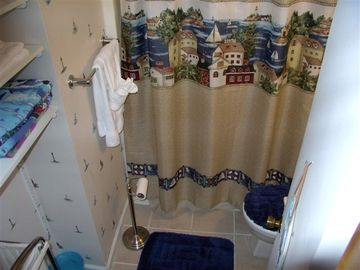 Updated bath!!! Captain's Quarters.