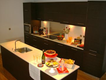 Modern Kitchen (fully equiped)