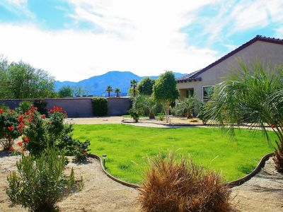 Tropical Landscaping ~ 3/4 acre w/ Stunning Mountain Views, Entertainer's Dream!