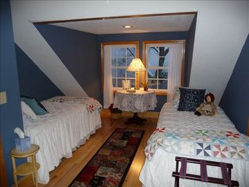 Upstairs bedroom (Westside) with full bath. This bedroom now has new queen bed.