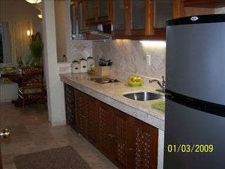Los Barriles condo photo - Our fully furnished kitchen has everything you need on your vacation