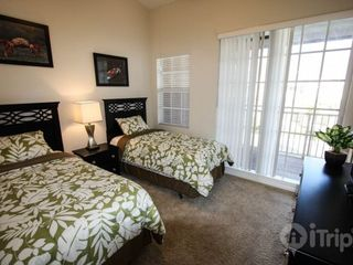 Ruskin townhome photo - Twin bedroom