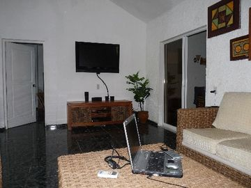 Living room with 40' LCD TV and WiFiinternet