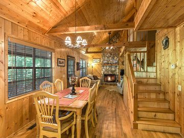 Ellijay cabin rental - Bearadise Living room with roaring fire