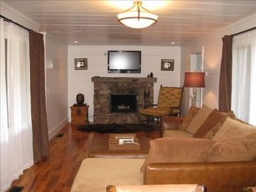 Highlands cabin rental - Living Area and Wood-burning Fireplace