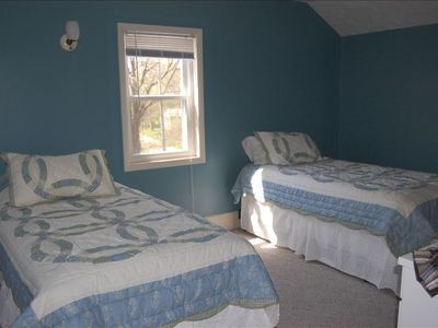 The 2nd bedroom upstairs has two twin beds ... perfect for two kids or adults!