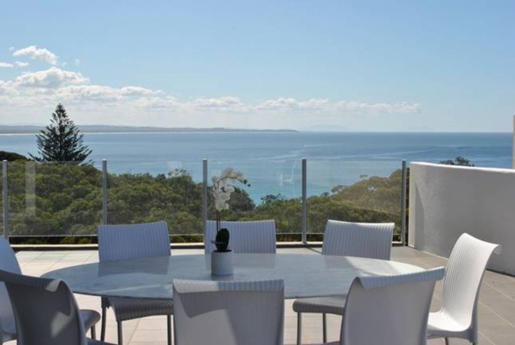 **Ocean View** Penthouse Apartment 901 Forster