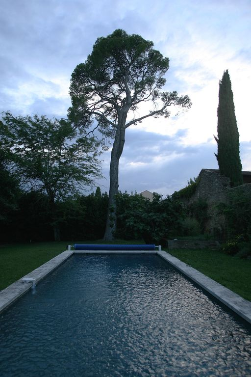 House with garden and private pool in homeaway uzes for Castle gardens pool