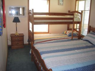 Ocean Lakes house photo - Queen bed with set of Bunks