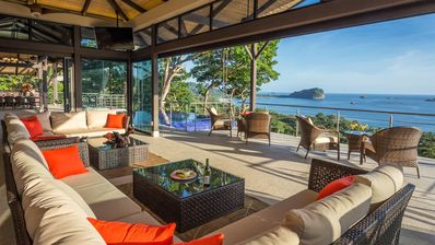 Manuel Antonio's most popular Luxury Estate, Amazing Ocean Views, Walk To Beach