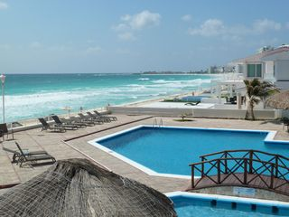 Cancun condo photo - Adult pool
