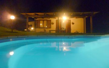 View by night of the villa ' Sa Pinnetta'