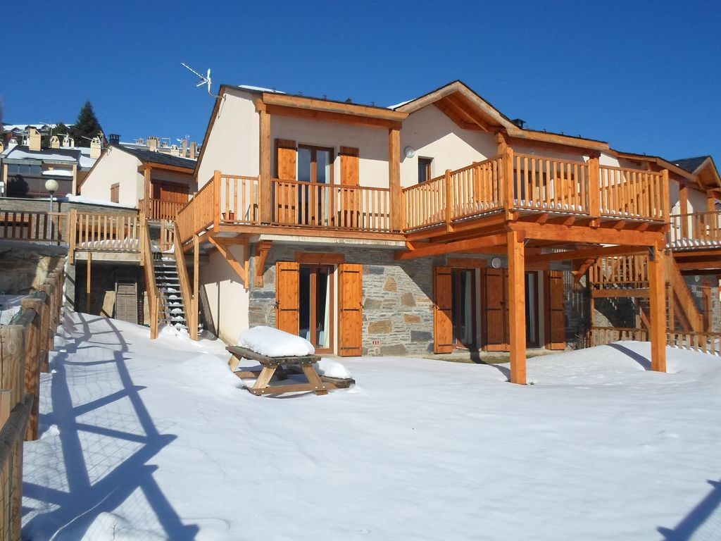 lxury chalet to the centre of les homeaway les angles