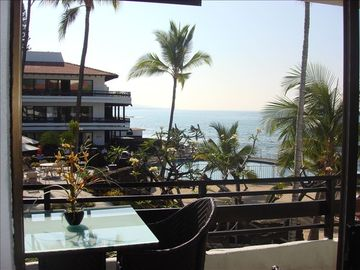 Kailua Kona condo rental - Beautiful Casa B,#237 From Lanai you looking out to forever view of the ocean.
