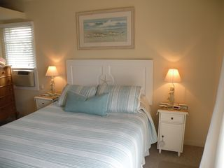 Ocean Bay Park house photo - Master Bedroom, Queen size Bed, Full Bath