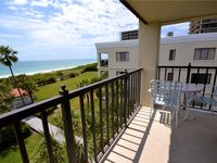 2 Bedroom, Gulf Front, Heated Pool, Spa, WiFi, Sleeps 4, Lands End 10-405