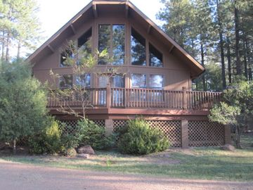 Strawberry cabin rental - STRAWBERRY HAVEN - FRONT VIEW
