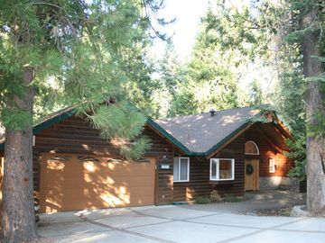 Arnold cabin rental - Gorgeous cabin in the pines with flat driveway for easy winter access.
