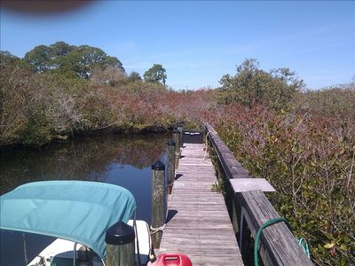 Dock Space for 15 to 21 foot shallow draft boats. 20 minutes to the Gulf