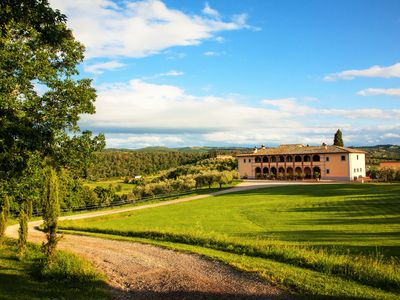Villa Scopetello-with Pool and Tennis court near Montepulciano/Siena
