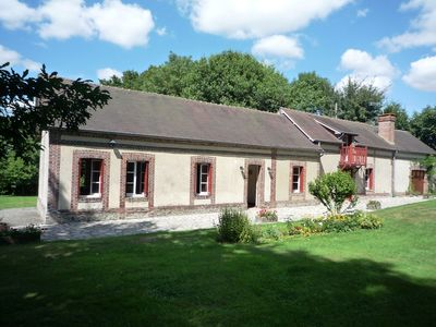 Typical country house 13 sleeps Quiet. Hilly surroundings St-Evroult B. Normandy
