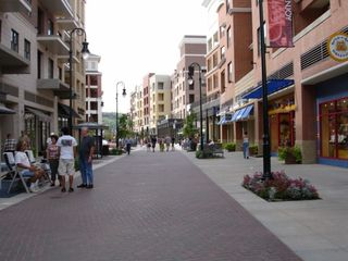 Branson condo photo - Another View Of The Promenade Walk at Branson Land