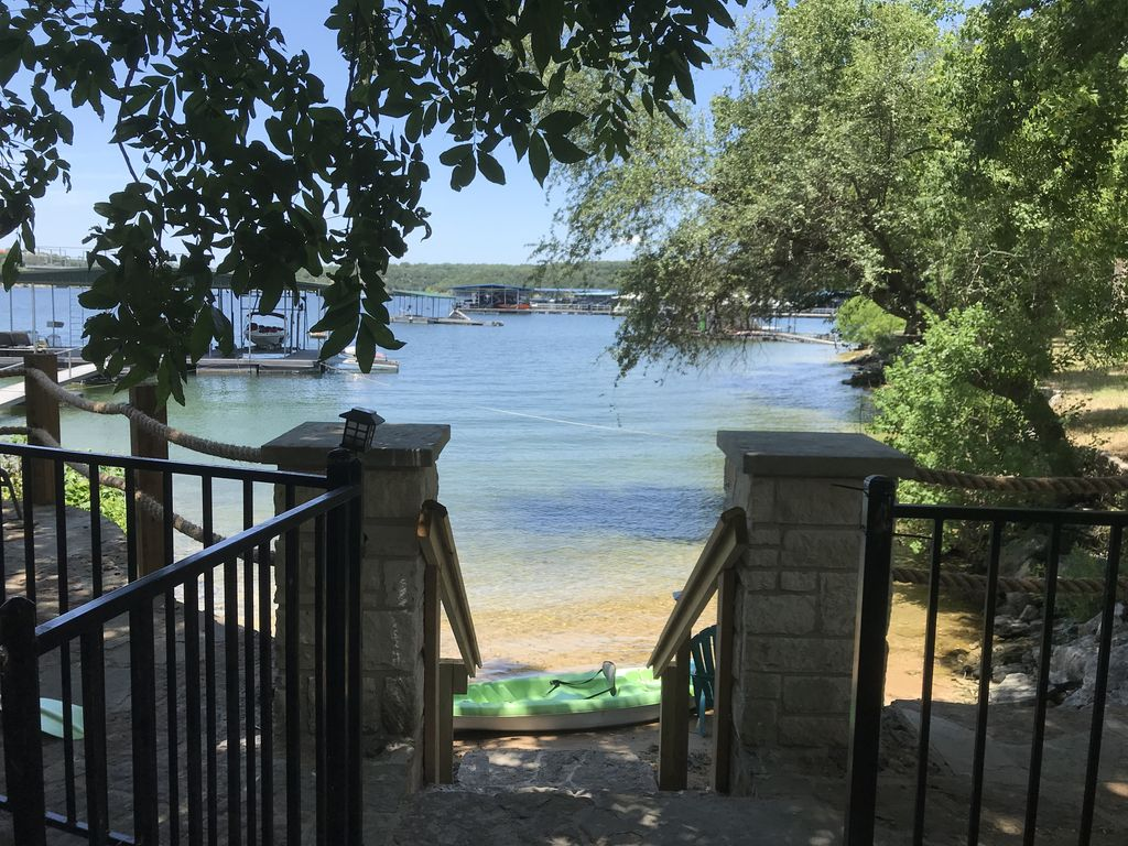 2 family WATERFRONT ! Excellent Location-Close to grocery/restaurants