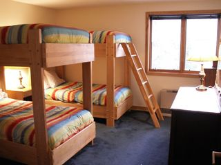 Bunk Room - Lincoln condo vacation rental photo
