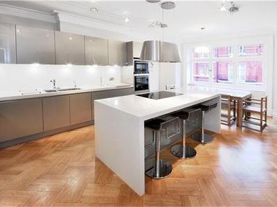 Luxury kitchen with state of the art appliances