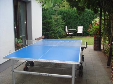 Tabletennis table can be brought out.