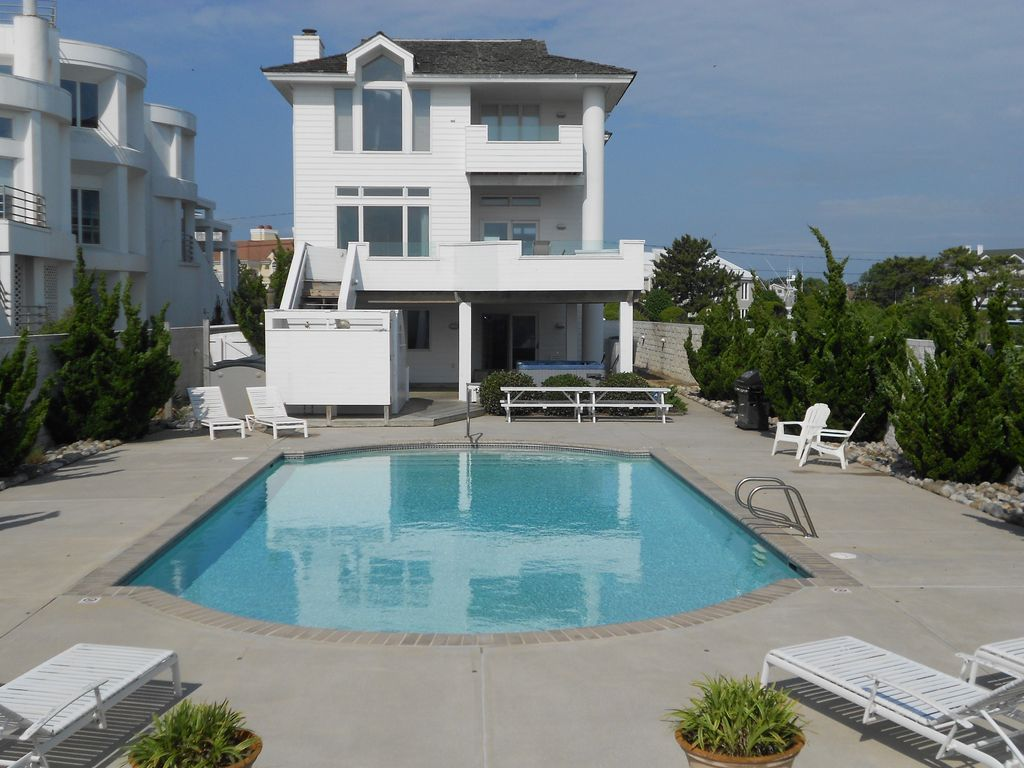 Atlantic Paradise Oceanfront W Pool Homeaway Virginia Beach