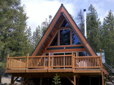 Crescent Lake Cabin - Deck and windows facing the creek.
