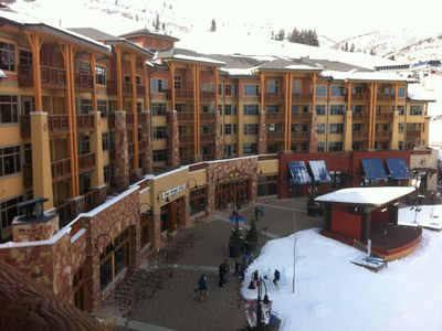 DIRECT ACCESS FROM CONDO TO SKI SCHOOL, SHOPS AND SKI RENTAL