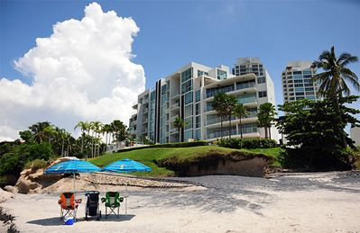 360 Degree Stunning Views of the Pacific & Rio Mar Beach from your 22nd Floor!