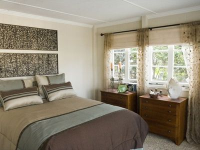 Laguna Beach house rental - Ocean View Bedroom with French Doors to Front Deck