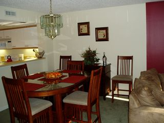 Kingston Plantation villa photo - Comfortable Dining