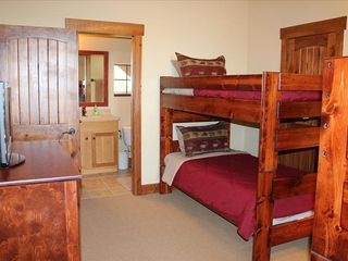 Jonestown cottage photo - The Bunk Room