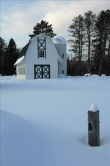 Biwabik house photo - Winter barn